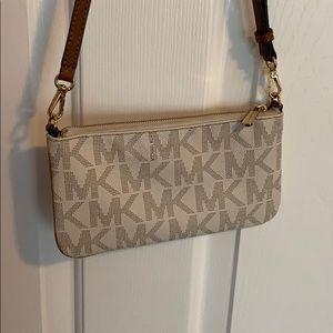 Michael Kors Bags - Michael Kors Flat Crossbody